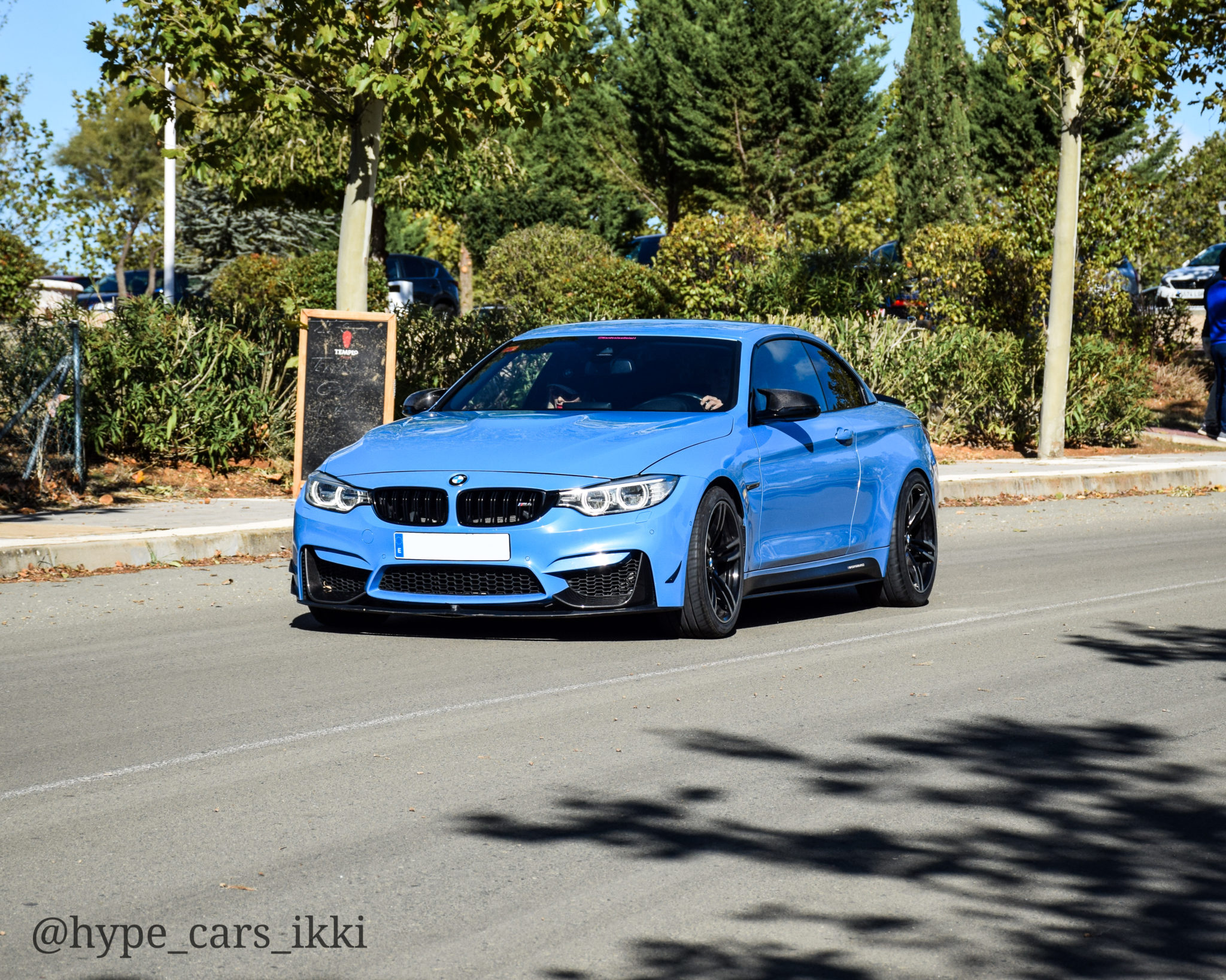 BMW M4 en 6to6 Meeting Ribera del Duero