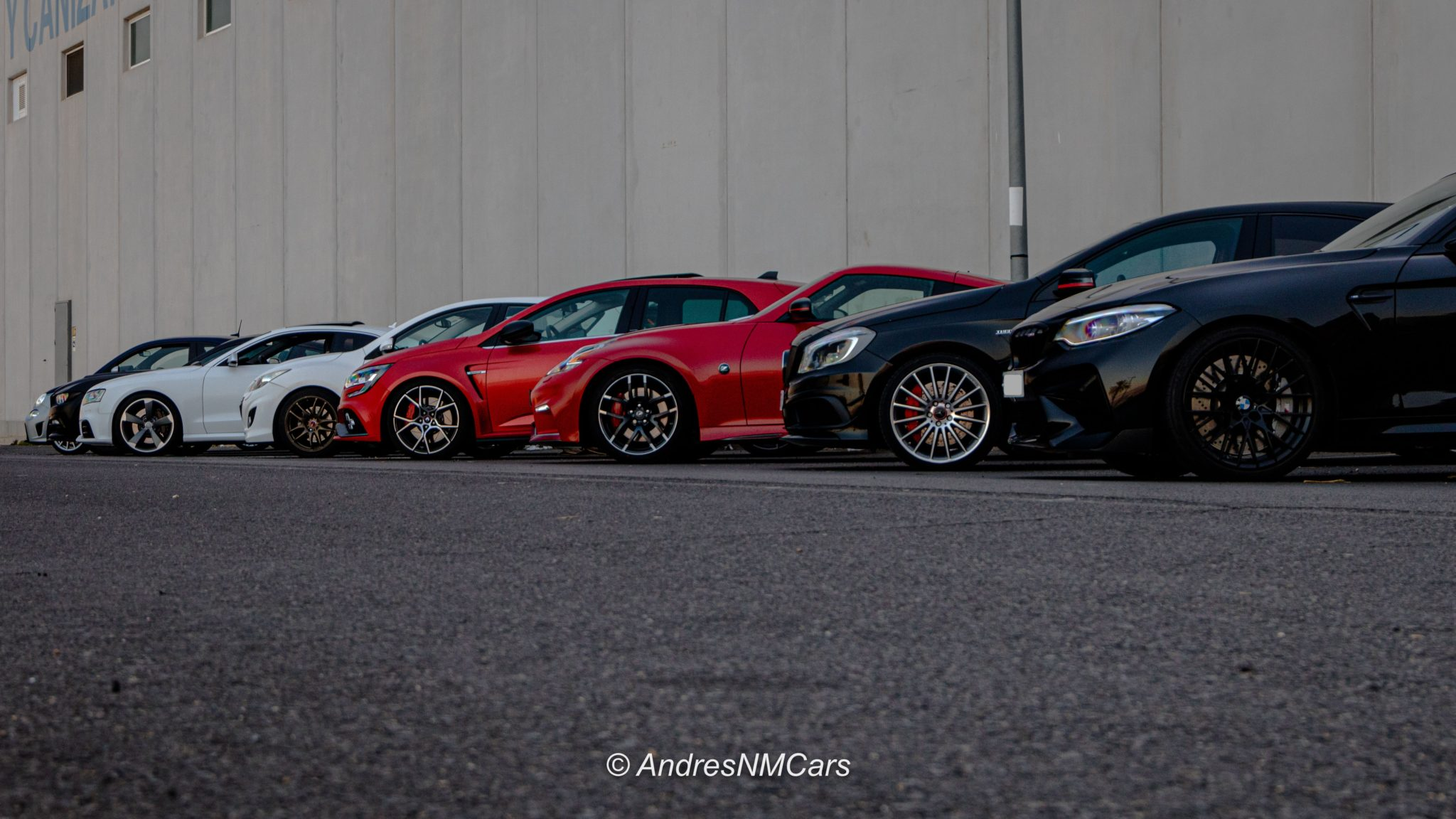 Parking  Almería Exotic Cars y Almería Top Cars